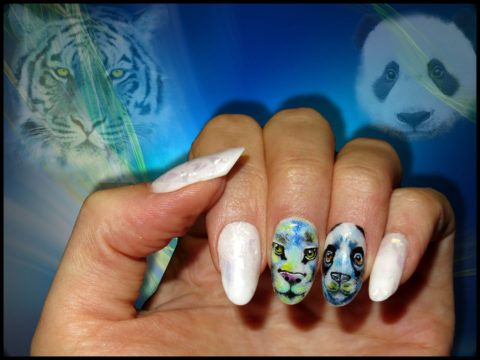 ongles gel blanc panda et tigre