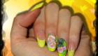 ongles-en-gel jaune fluo