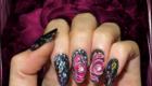 ongles noir 3d rose