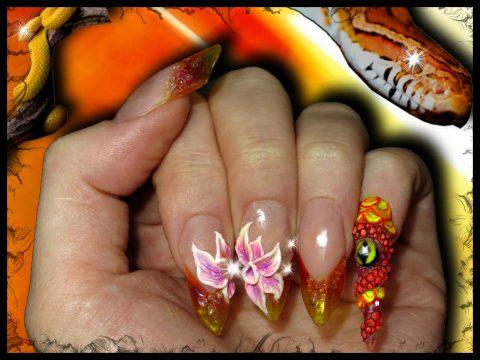 faux ongles edge vitrail orange et jaune serpent 3d